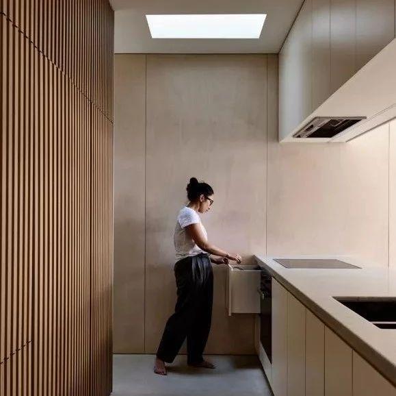 138㎡住宅翻新,巧妙的分区让空间更连续