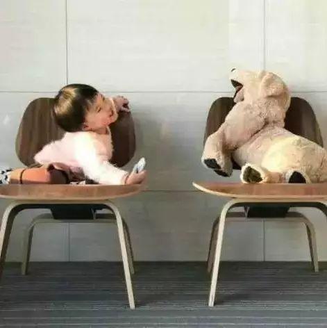 关于设计大师和他们的神奇椅子...
